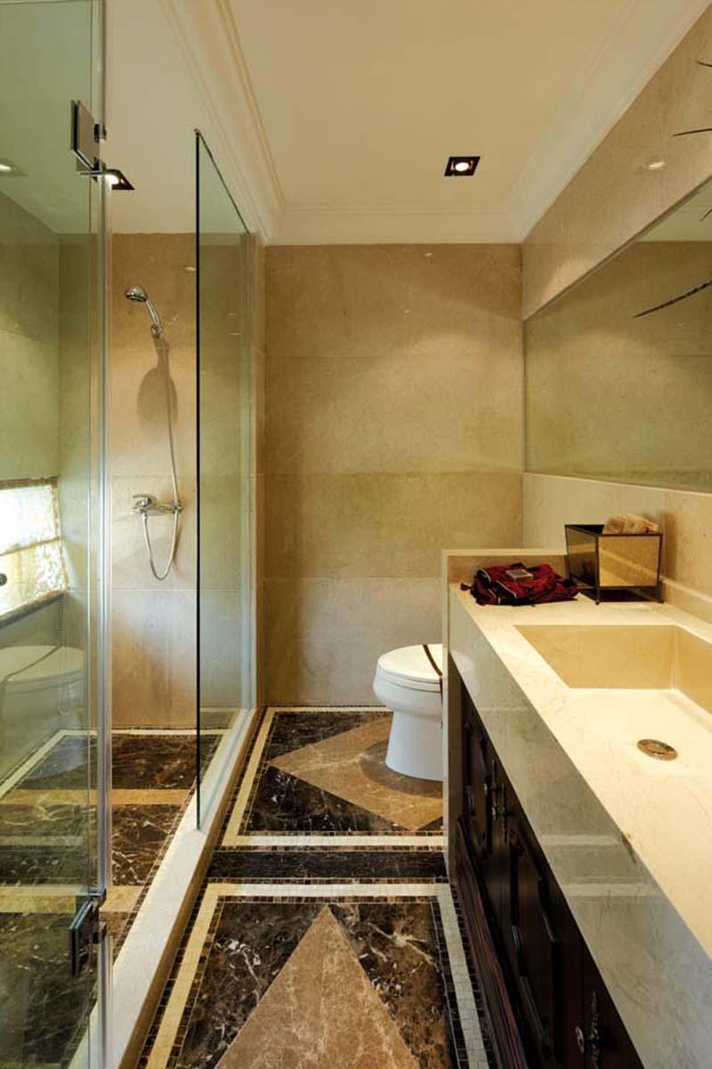 后现代风格三居室卫生间浴室柜装修效果图大全